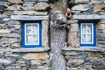 Janelas nas Casas de Xisto