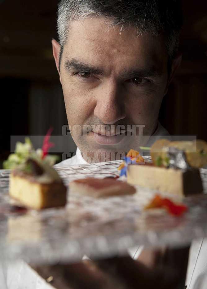 Chef  Benoit Sinthon